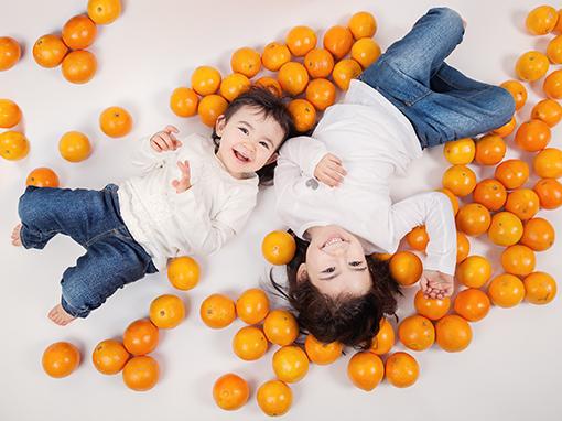 FOTOGRAFIA INFANTIL. REPORTAJES DE NIÑOS Y FAMILIAS: IRENE Y OLIVIA