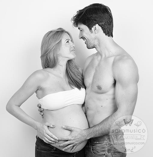 book-de-embarazo-fotografias-embarazada-maternity-0044bn