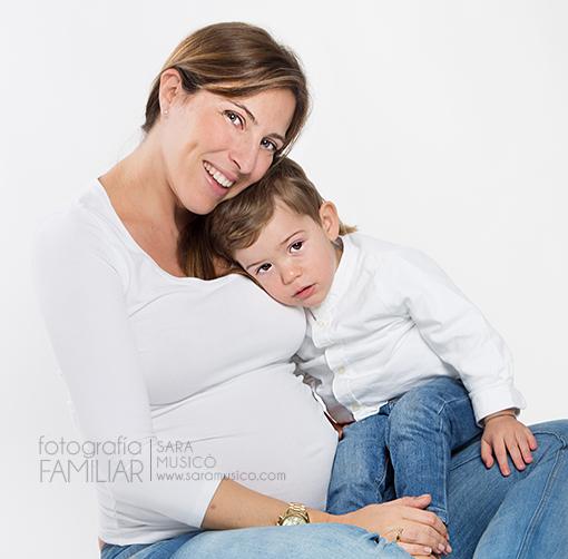 reportaje-de-fotos-de-embarazada-en-estudio-y-exteriores- 0057