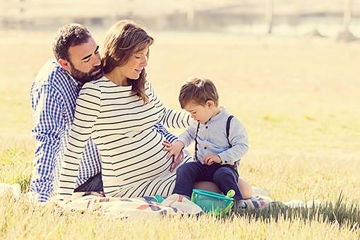 reportaje-de-fotos-de-embarazada-en-estudio-y-exteriores- 0114parablog