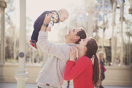 SESIÓN FAMILIAR EN MADRID - FOTOGRAFÍA FAMILIAR EN EXTERIORES
