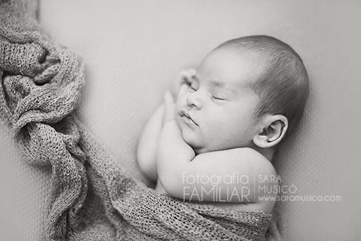 book-de-fotos-bebes-recien-nacidos-fotografo-recien-nacidos-madrid4P9A8704bn