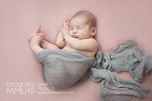 book-de-fotos-bebes-recien-nacidos-fotografo-recien-nacidos-madrid4P9A8710