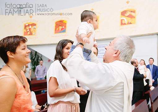 reportaje-de-bautizo-madrid-fotografos-de-bautizo-en-madrid_0xcdc