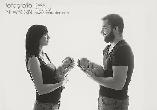 Reportajes-de-bebes-recien-nacidos-fotografo-madrid-sara-musico-MartinyEdurne011bn