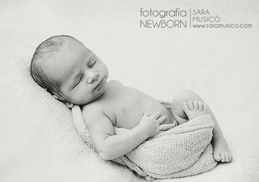 Reportajes-de-bebes-recien-nacidos-fotografo-madrid-sara-musico-MartinyEdurne013bns