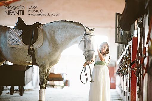 reportajes-y-fotografias-de-primera-comunion-en-madrid-villalba-003-20x30bnm