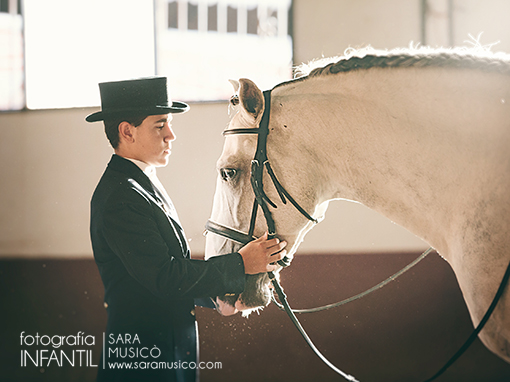 reportajes-y-fotografias-de-primera-comunion-en-madrid-villalba-003-20x30q