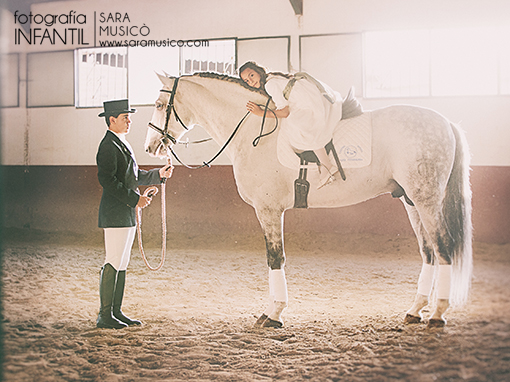 reportajes-y-fotografias-de-primera-comunion-en-madrid-villalba-003-20x30qq