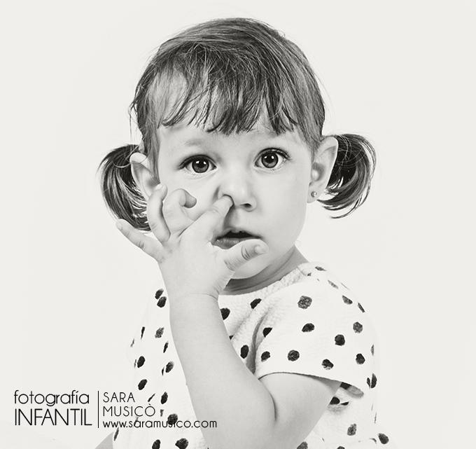 fotografia-infantil-profesional-Madrid-035Eva-4P9A1710bn